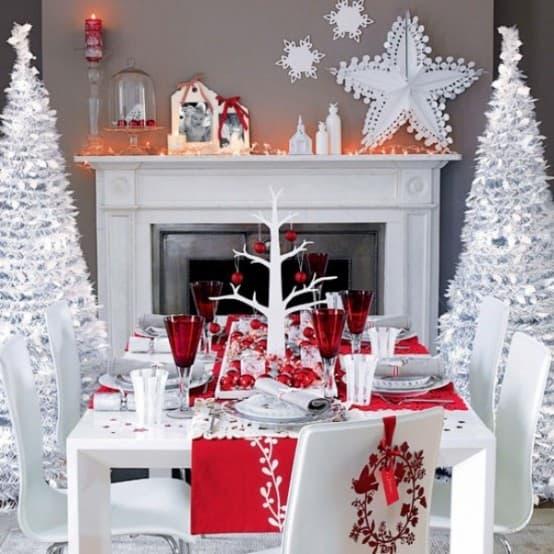 White Christmas Table Decoration Ideas 554 x 554